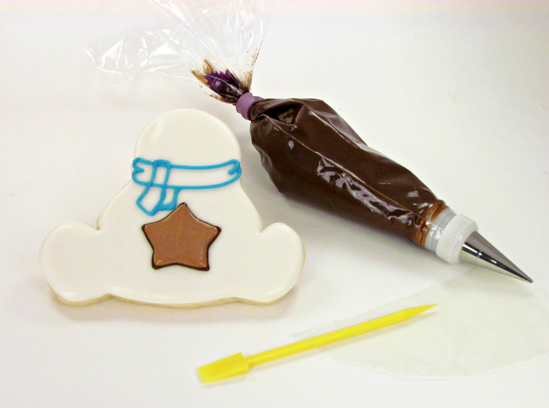 Snowman Cookies www.thebearfootbaker.com