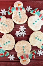 Cute Little Old Snowmen Cookies Decorated Christmas Cookies via www.thebearfootbaker.com