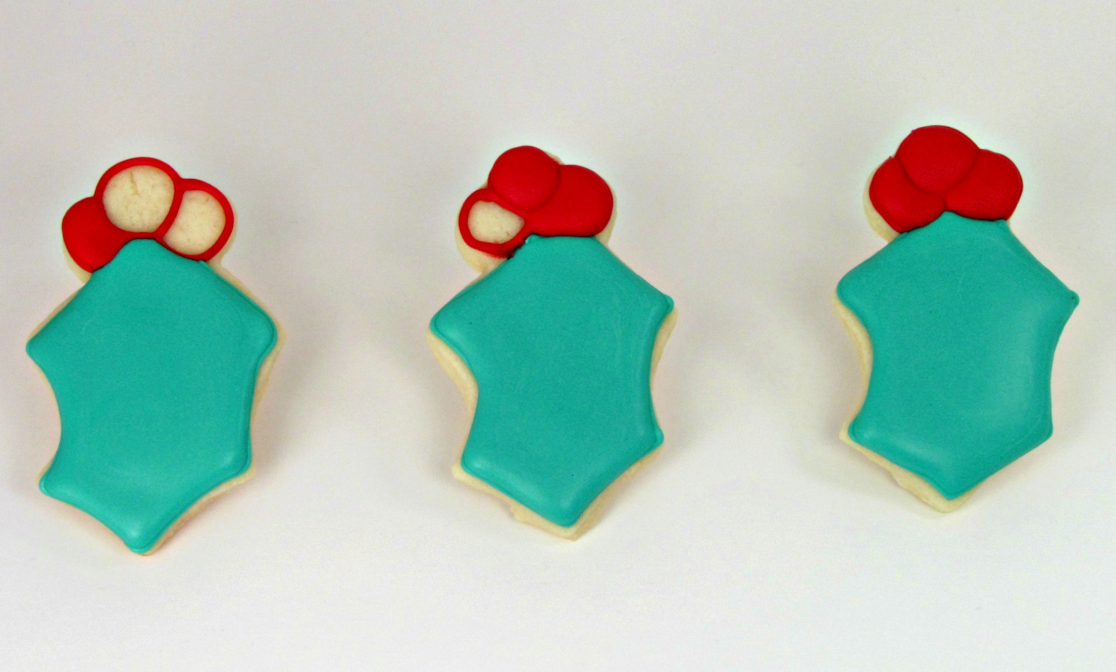 Simple Christmas Cookies thebearfootbaker.com
