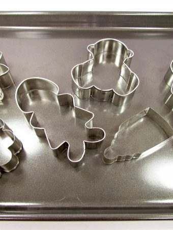 How to Dry Your Cookie Cutters E