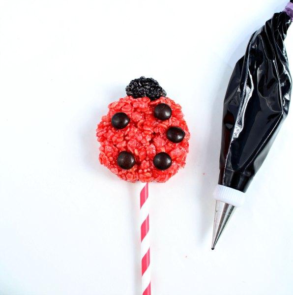 Ladybug Rice Krispie Treats thebearfootbaker.com