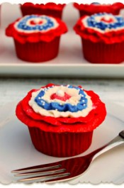 Patriotic Cupcakes with Rosettes