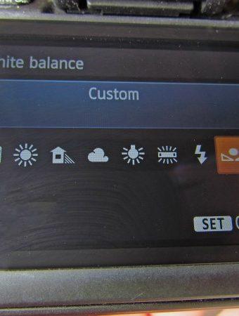 Set Custom White Balance 1
