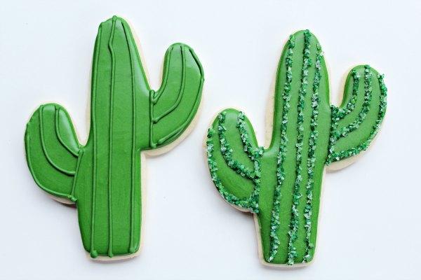 Cactus Cookies thebearfootbaker.com