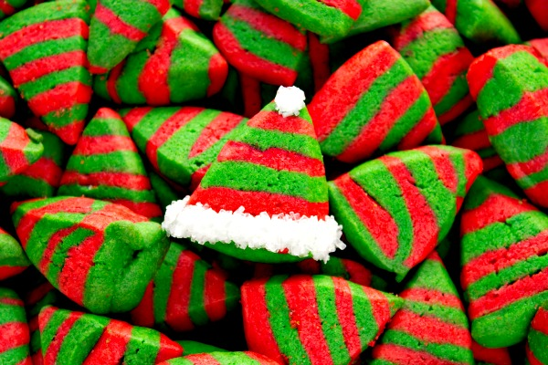Easy Christmas Cookies thebearfootbaker.com
