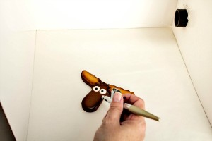 How to Use and Airbrush Gun with no Mess