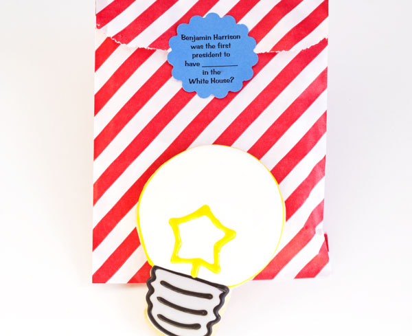 Light Bulb Cookies