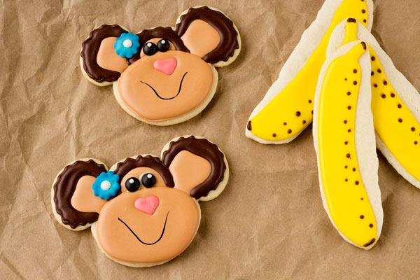 Monkey Cookies by www.thebearfootbaker.com