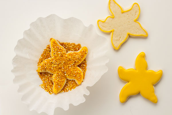 Starfish Cookies by www.thebearfootbaker.com