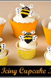 Royal-Icing-Cupcake-Toppers thebearfootbaker.com