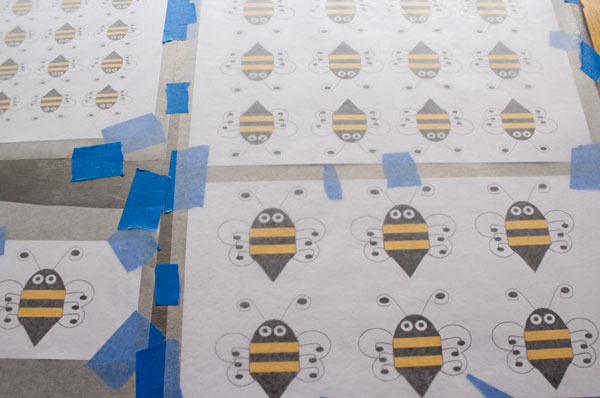Simple-Bee-Royal-Icing-Transfers-by-thebearfootbaker.com