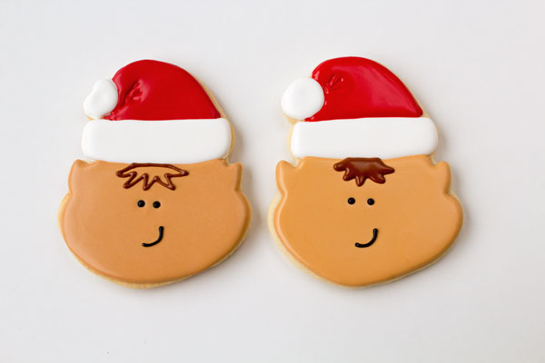 Cute Elf Cookies thebearfootbaker.com