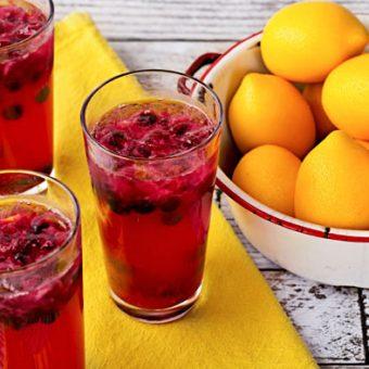Simple-Blueberry-Lemonade-thebearfootbaker.com_