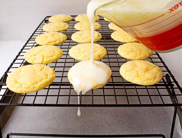 Glaze for Lemon Cookies thebearfootbaker.com