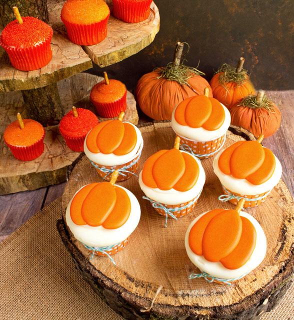 Cute Pumpkin Royal Icing Transfers thebearfootbaker.com