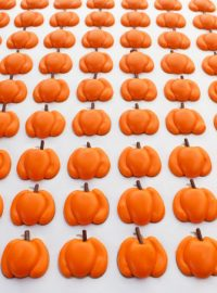 Small Pumpkin Royal Icing Transfers thebearfootbaker.com