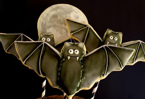 Fun Halloween Treats Bat Cookie via thebearfootbaker.com