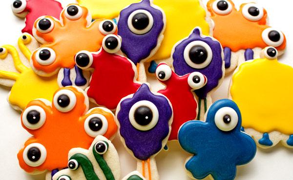 Fun Halloween Treats Monster-Cookies-from-A FLower Cutter via thebearfootbaker.com