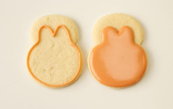 Little Monster Cookies via thebearfootbaker.come