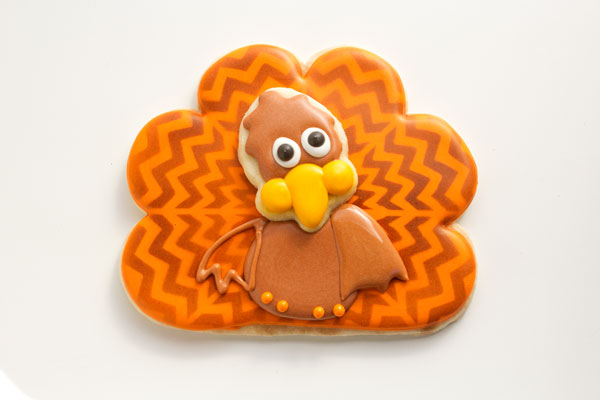 Add Wings to the Chevron Turkey Cookies www.thebearfootbaker.com
