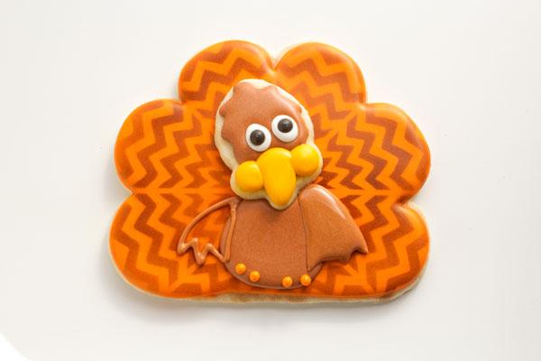 Add Wings to the Chevron Turkey Cookies www.thebearfootbaker.com