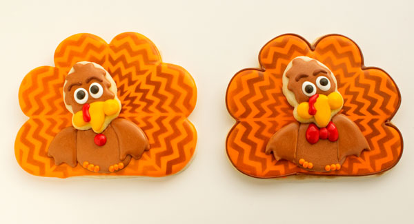 Chevron Turkey Cookies by www.thebearfootbaker.com