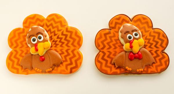 Chevron Turkey Cookies by www.thebearfootbaker.com