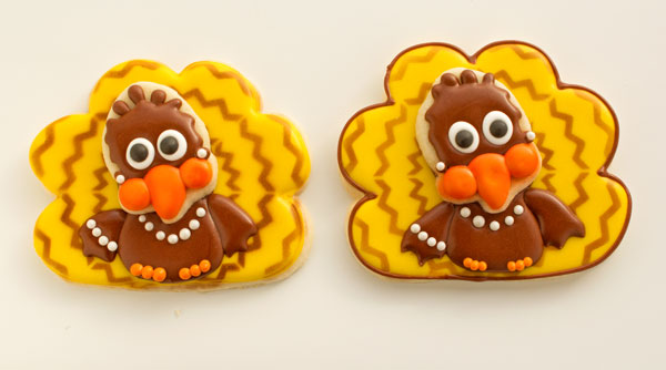 Girl Chevron Turkey Cookies with www.thebearfootbaker.com