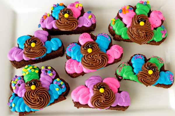 Super Simple Turkey Brownies with the New Funfetti Color Frosting www.thebearfootbaker.com