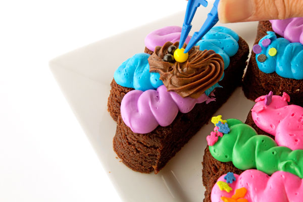 Very Simple Turkey Brownies with the New Funfetti Color Frosting www.thebearfootbaker.com