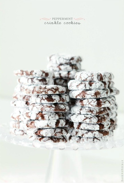 20+ Christmas Cookie Recipes via thebearfootbaker.com Peppermint Crinkle Cookies by Bakers Royale Perfect for a Christmas Gift