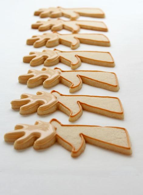 Easy Reindeer Cookies via thebearfootbaker.com