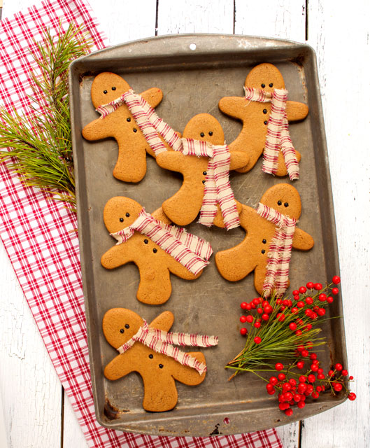 Gingerbread Men Cookies As Decorations The Bearfoot Baker
