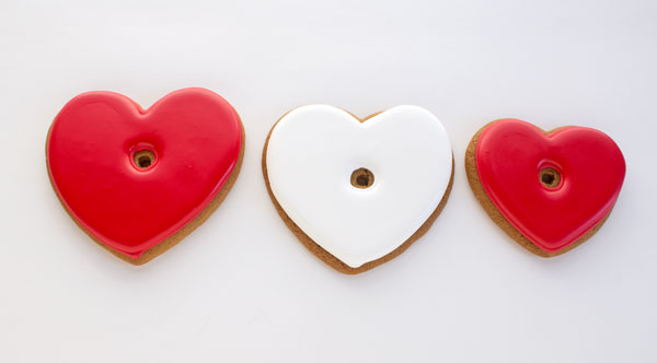 Easy Live Laugh Love Cookies with www,thebearfootbaker.com