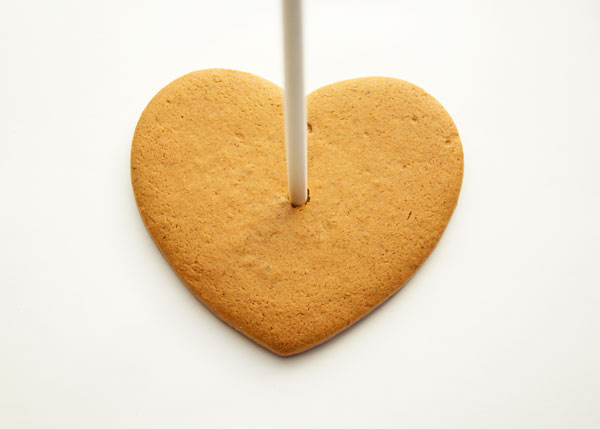 Simple Live Laugh Love Cookies with thebearfootbaker.com