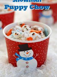Snowman Puppy Chow via thebearfootbaker.com
