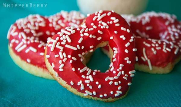 20 Valentine's Day Treats that are adorable www.thebearfootbaker.com