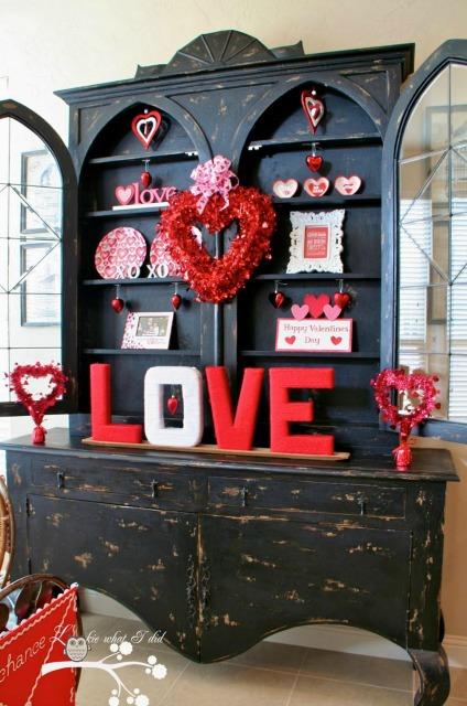 20 Valentine's Day Treats via thebearfootbaker.com