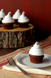 7-Minute-Frosting-Recipe-thebearfootbaker.com