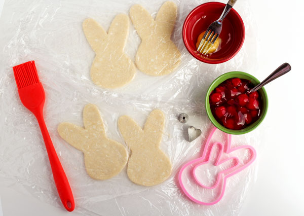 Bunny Shaped Hand Pies for Easter by thebearfootbaker.com