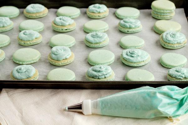 Easy Macarons for Easter www.thebearfootbaker.com