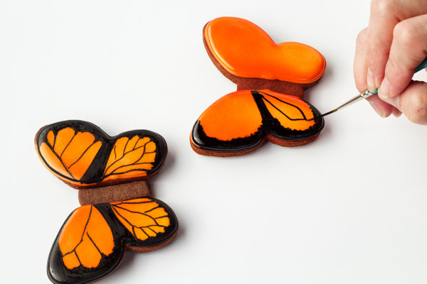 Simple butterfly cookies - www.thebearfootbaker.com