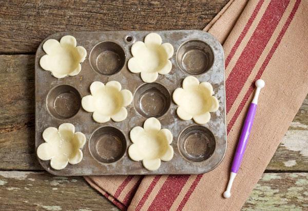 Easy Bitesized Blueberry Pies by www.thebearfootbaker.com