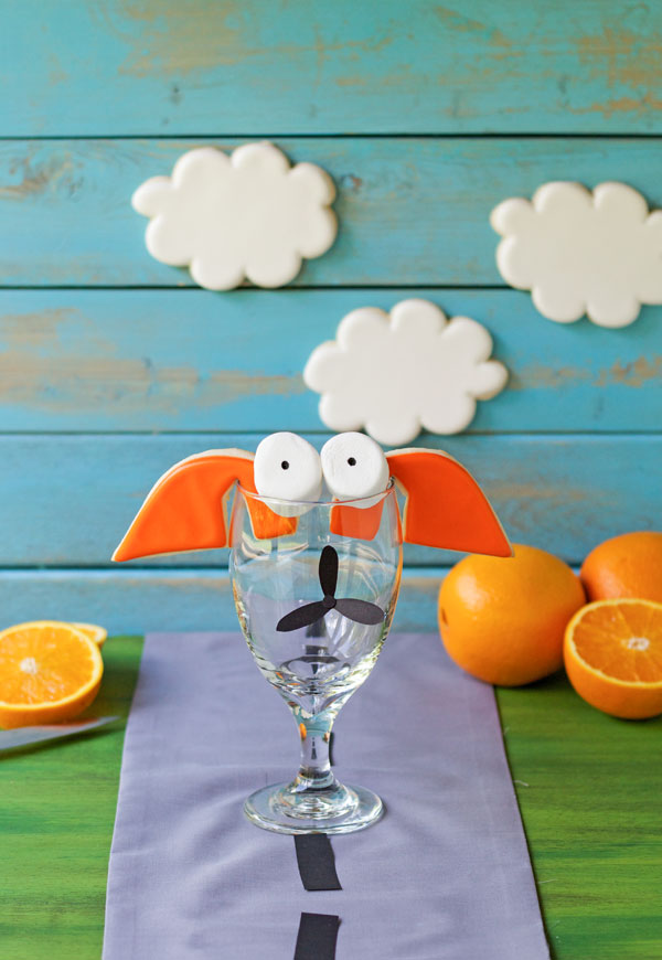 Easy PLANE Orange Smoothies inspired from the Disney Movie Planes