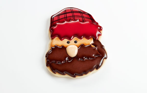 Easy Little Lumberjack Cookies - Sugar cookies decorated with royal icing with www.thebearfootbaker.com