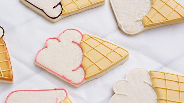 Melting Ice Cream Cookies thebearfootbaker.com