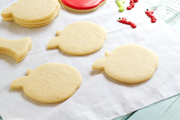 Simple Apple with Worm Cookies - Sugar Cookies Decorated with Royal Icing by thebearfootbaker.com