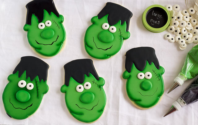 easy frankenstein cookies for halloween sugar cookies decorated with royal icing with thebearfootbakercom - Decorated Halloween Sugar Cookies