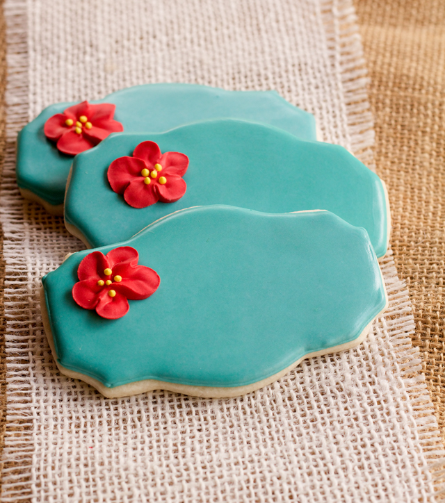 Edible Apple Blossom Cookies by www.thebearfootbaker.com