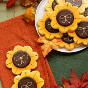 How to make Simple Sunflower Cookies www.thebearfootbaker.com